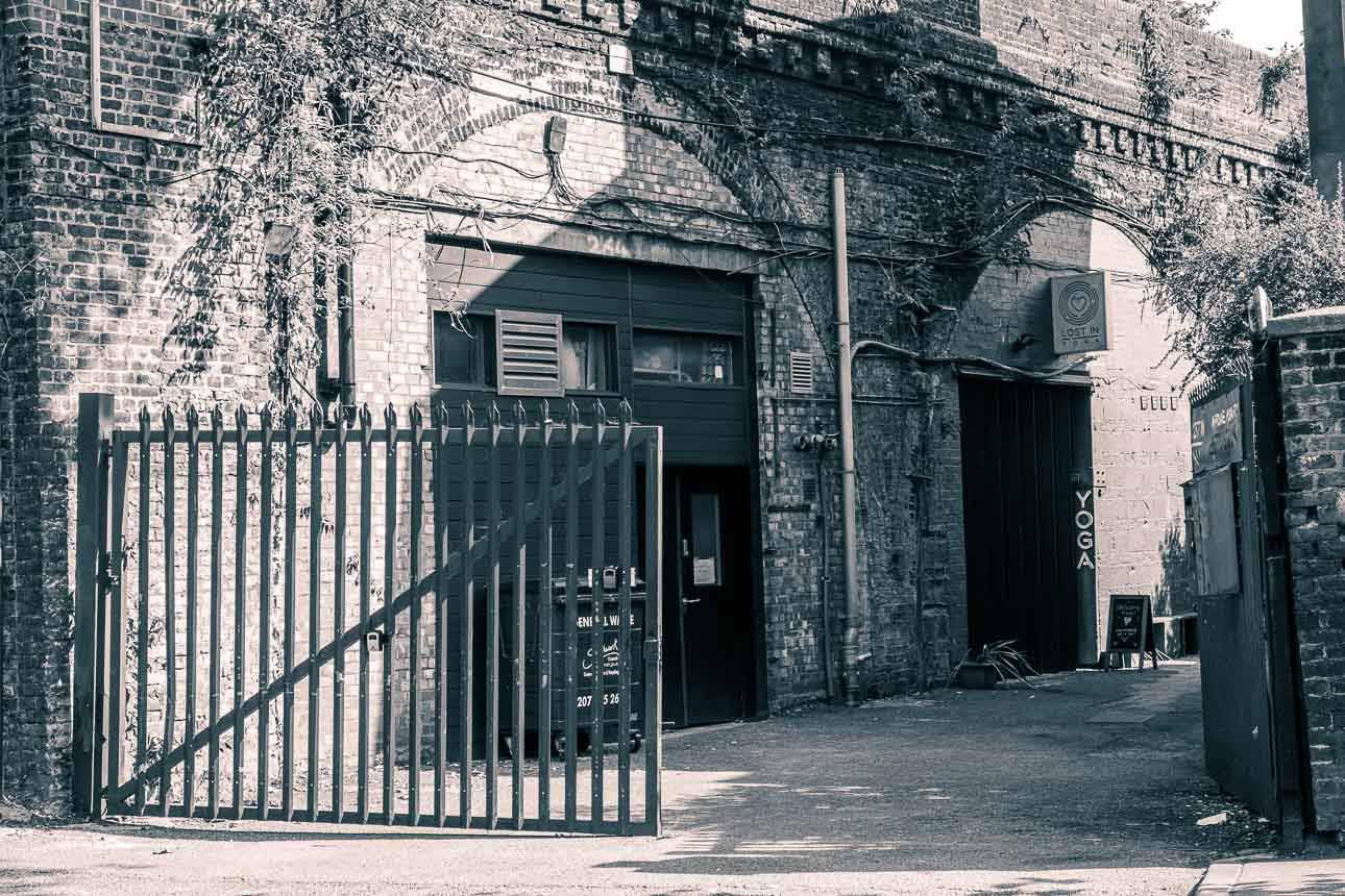 arch photo studio yard entrance