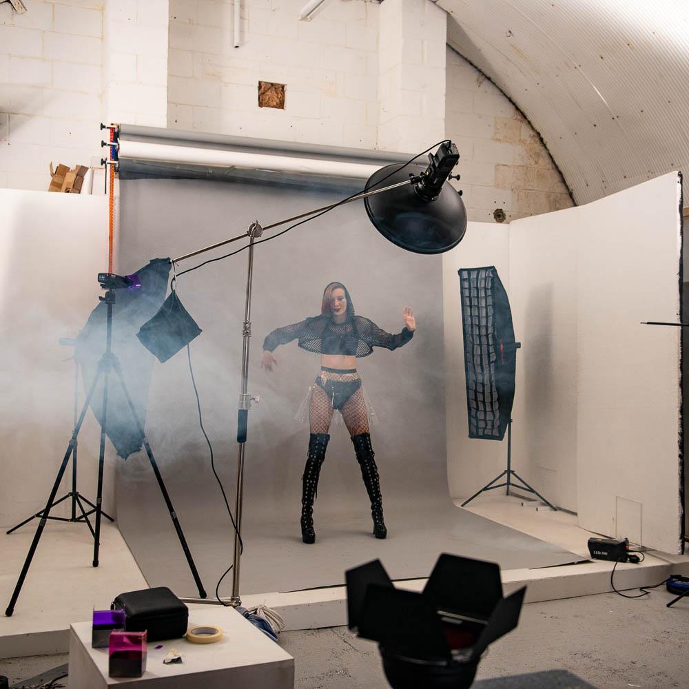 creative fashion shoot portrait lights